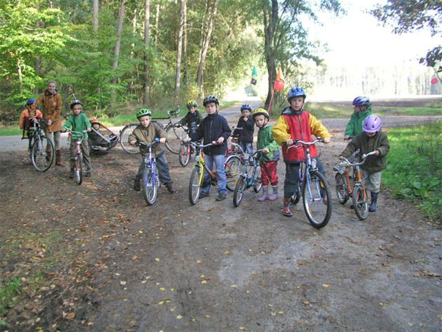 Kinder bei der Fahrradtour